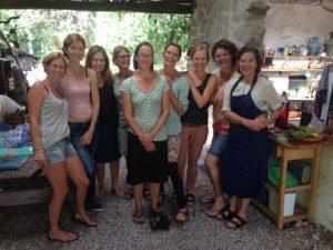 From left to right: Helga, Beatrijs, Mara, Iris, Janneke, Selma, Freya, Maaike & Mariette.